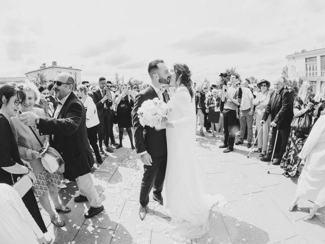 Le mariage de Thomas et Alison à Eysines, Gironde 20