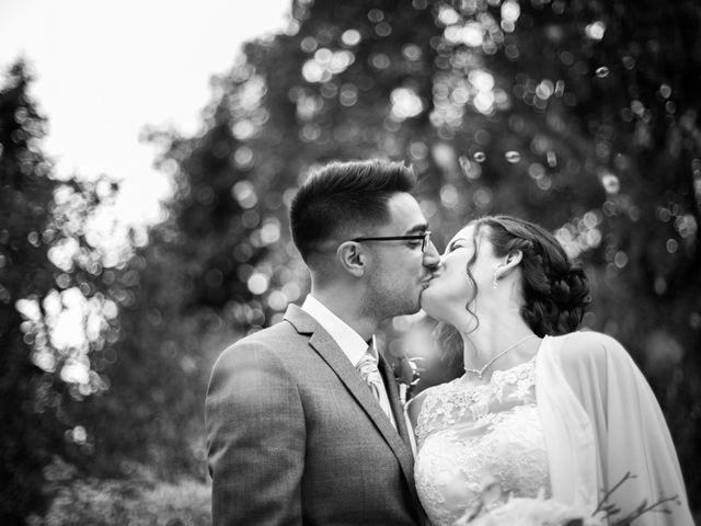 Le mariage de Fabien et Manon à Geneuille, Doubs 21