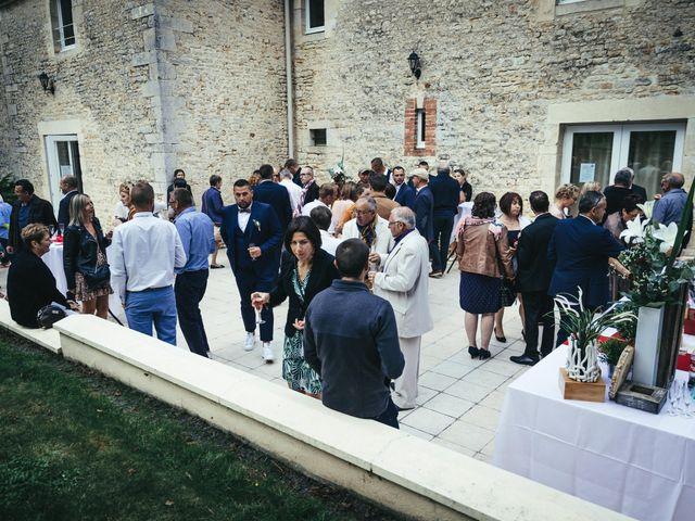 Le mariage de Jérémy et Emilie à Noron-l'Abbaye, Calvados 72