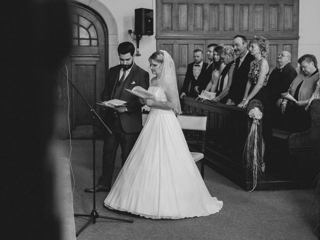 Le mariage de Lucas et Stéphanie à Huningue, Haut Rhin 13