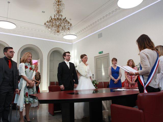 Le mariage de Alexandre et Fanny à Nîmes, Gard 2