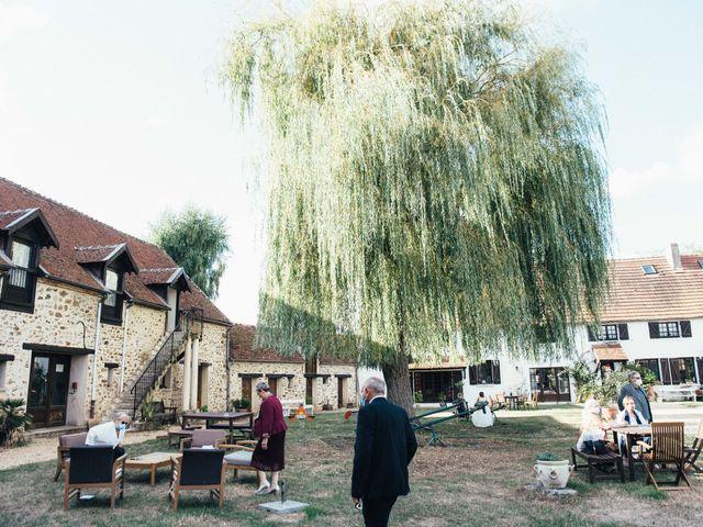 Le mariage de Sebastien et Lorraine à Bassevelle, Seine-et-Marne 3