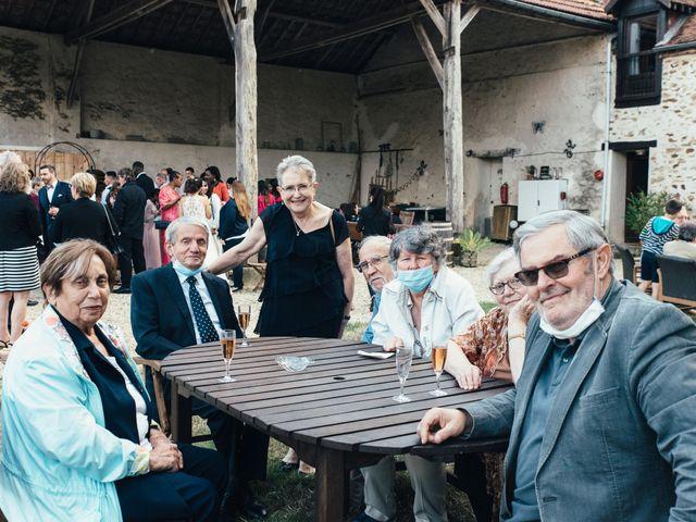Le mariage de Sebastien et Lorraine à Bassevelle, Seine-et-Marne 19