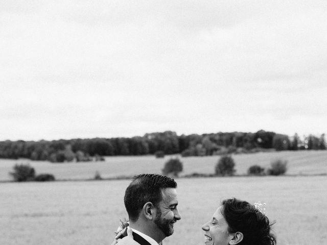 Le mariage de Sebastien et Lorraine à Bassevelle, Seine-et-Marne 22