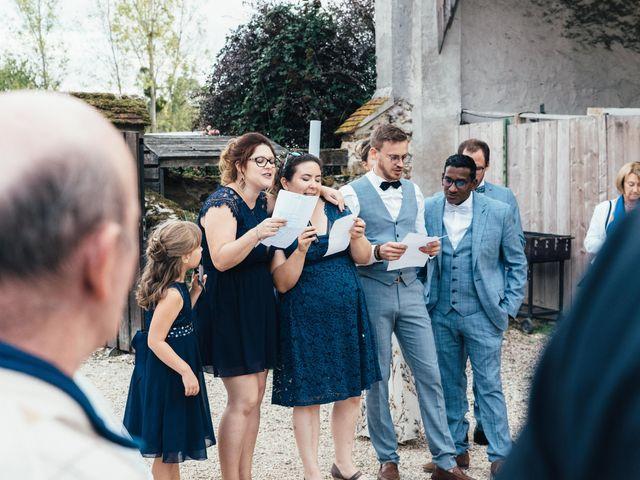 Le mariage de Sebastien et Lorraine à Bassevelle, Seine-et-Marne 32