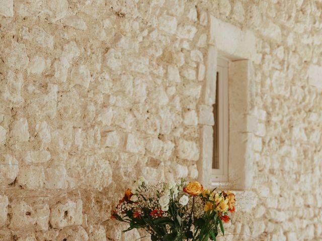 Le mariage de Alexandre et Karine à Grignan, Drôme 7