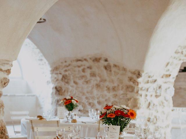 Le mariage de Alexandre et Karine à Grignan, Drôme 23