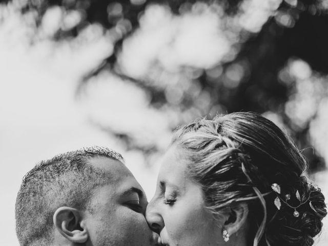 Le mariage de Kevin et Amandine à Thiers, Puy-de-Dôme 35
