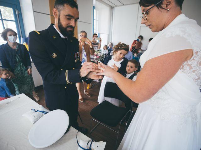Le mariage de Alexis et Gaëlle à Landerneau, Finistère 13