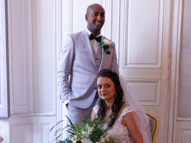 Le mariage de Addissu et Svilena à Roquemaure, Gard 11
