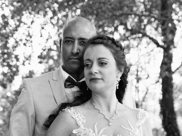 Le mariage de Addissu et Svilena à Roquemaure, Gard 13