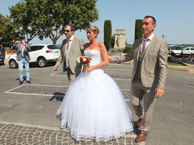 Le mariage de Eddy et Isabelle à Saint-Gilles, Gard 1