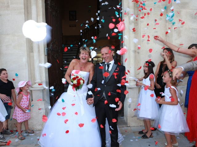 Le mariage de Eddy et Isabelle à Saint-Gilles, Gard 19