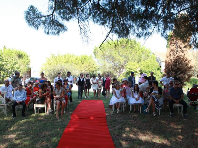 Le mariage de Eddy et Isabelle à Saint-Gilles, Gard 26
