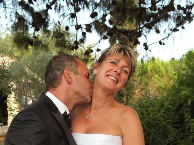 Le mariage de Eddy et Isabelle à Saint-Gilles, Gard 33