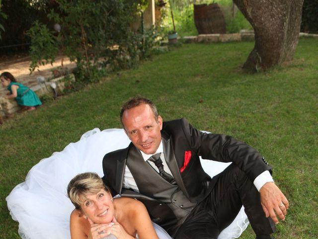 Le mariage de Eddy et Isabelle à Saint-Gilles, Gard 35