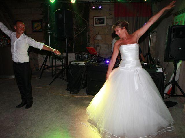 Le mariage de Eddy et Isabelle à Saint-Gilles, Gard 44