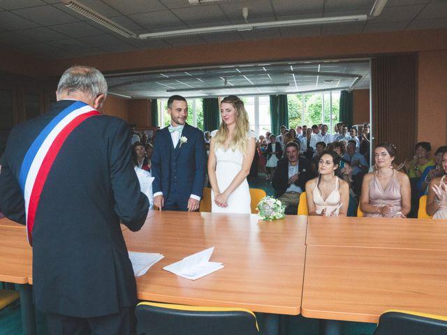 Le mariage de Mickael et Laure à Lempdes-sur-Allagnon, Haute-Loire 18
