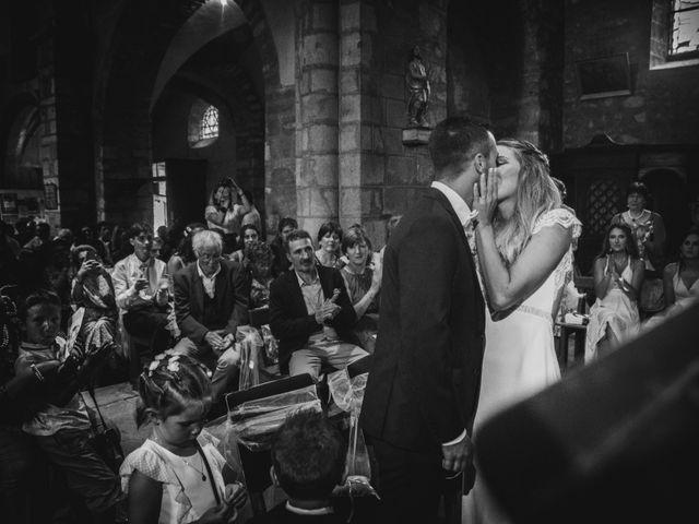 Le mariage de Mickael et Laure à Lempdes-sur-Allagnon, Haute-Loire 28