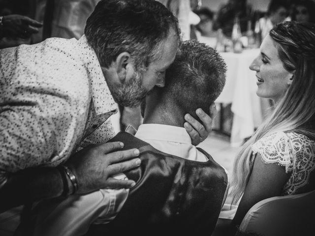 Le mariage de Mickael et Laure à Lempdes-sur-Allagnon, Haute-Loire 47