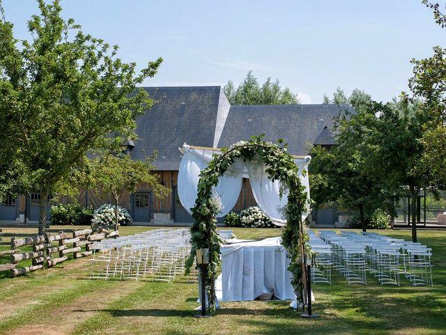 Le mariage de Gilles et Clarisse à Deauville, Calvados 3