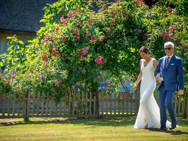Le mariage de Gilles et Clarisse à Deauville, Calvados 17
