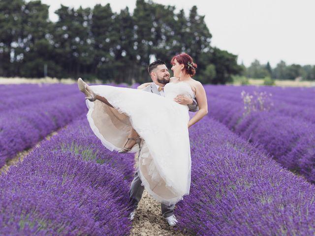 Le mariage de Julien et Pauline à Pujaut, Gard 1