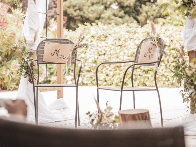 Le mariage de Julien et Pauline à Pujaut, Gard 13