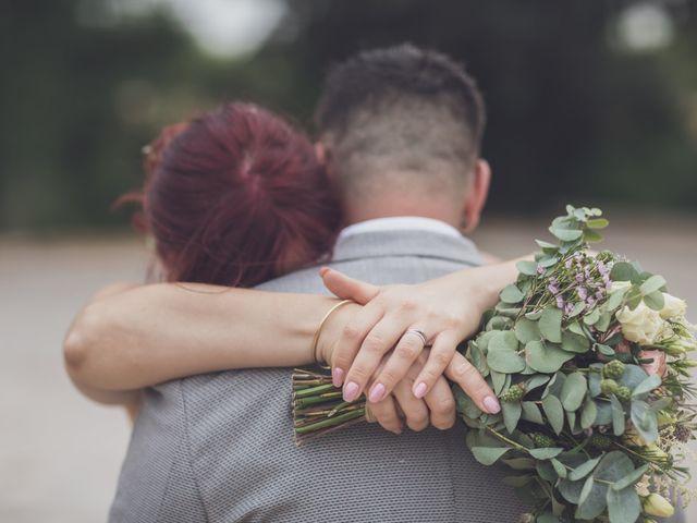 Le mariage de Julien et Pauline à Pujaut, Gard 19