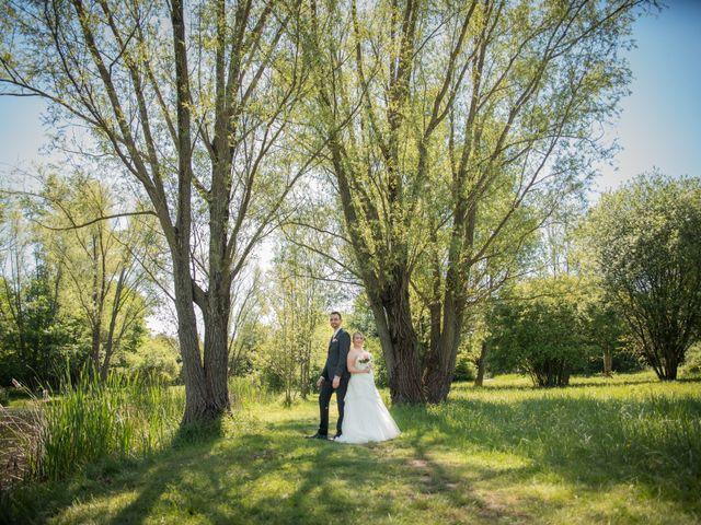Le mariage de Aurélien et Chloé à Communay, Rhône 18