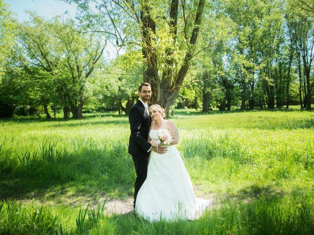 Le mariage de Aurélien et Chloé à Communay, Rhône 19