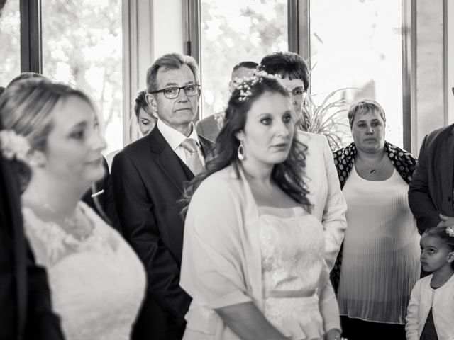 Le mariage de Aurélien et Chloé à Communay, Rhône 21