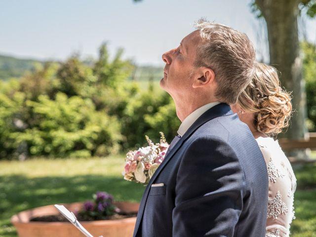 Le mariage de Aurélien et Chloé à Communay, Rhône 24