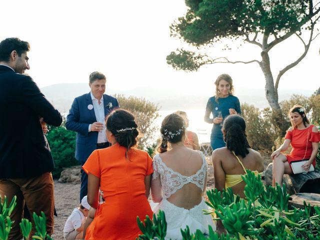 Le mariage de Mickael et Aurelie à Saint-Raphaël, Var 96