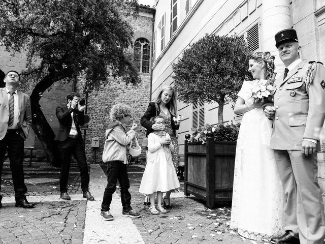 Le mariage de Paul et Aurélie à Fréjus, Var 12