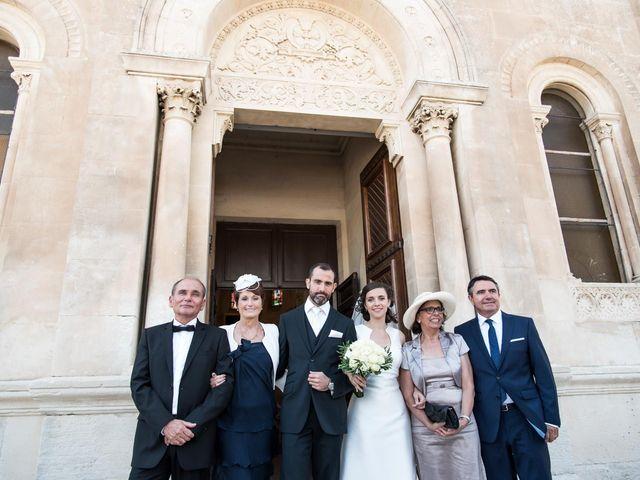 Le mariage de Yannick et Bénédicte à Marseille, Bouches-du-Rhône 61