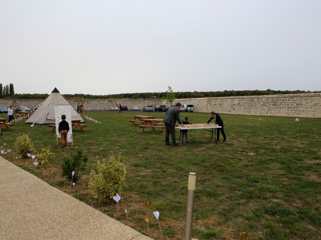 Le mariage de Remy et Aurore à Péroy-les-Gombries, Oise 2
