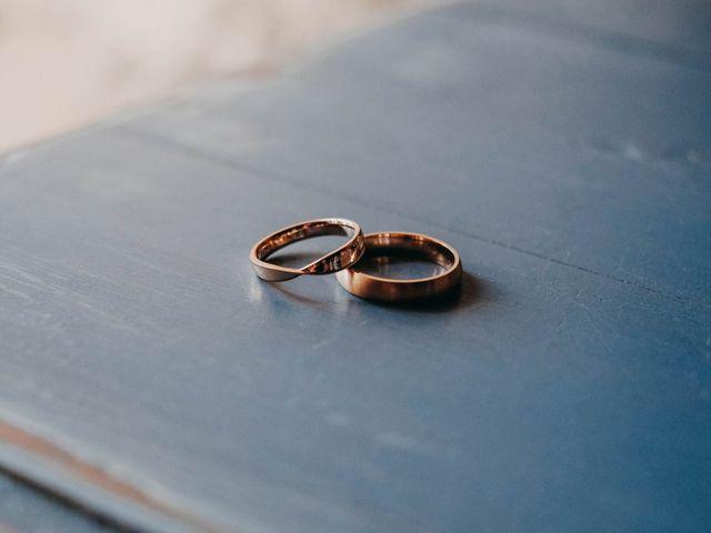 Le mariage de Julien et Alexandra à Génolhac, Gard 4
