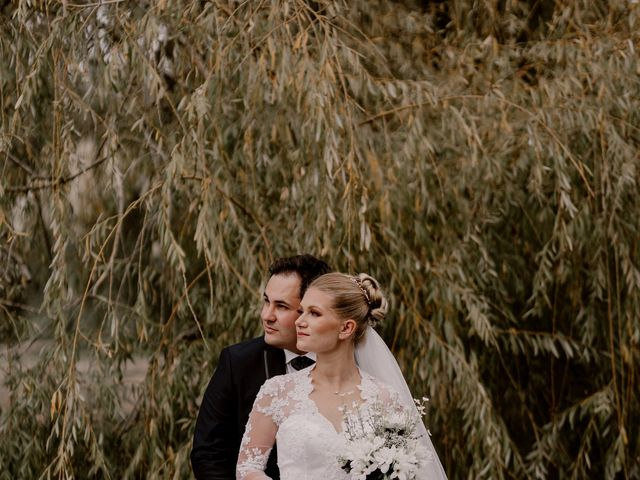 Le mariage de Meryl et Charlotte à Vailly-sur-Aisne, Aisne 1