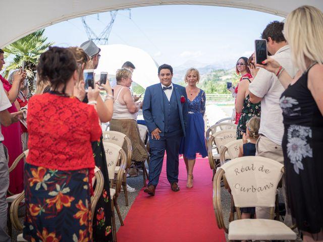 Le mariage de Romain et Charlotte à Curbans, Hautes-Alpes 13