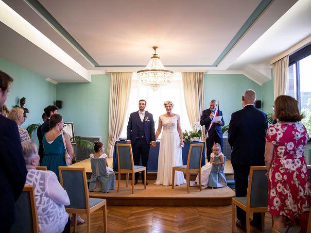 Le mariage de Bastien et Aurore à Marcq-en-Baroeul, Nord 42