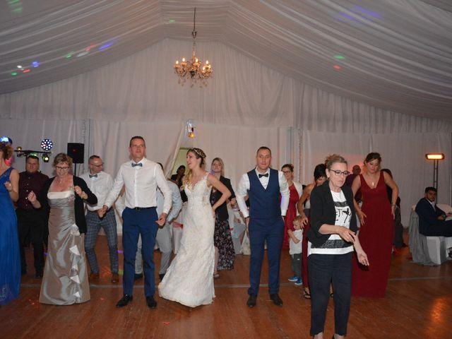 Le mariage de Sébastien et Laura à Carnoules, Var 23