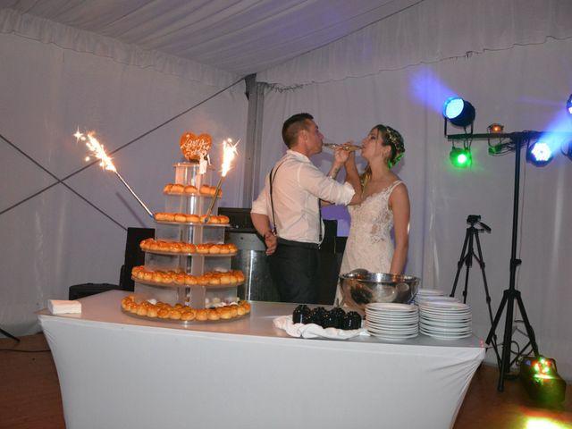Le mariage de Sébastien et Laura à Carnoules, Var 24