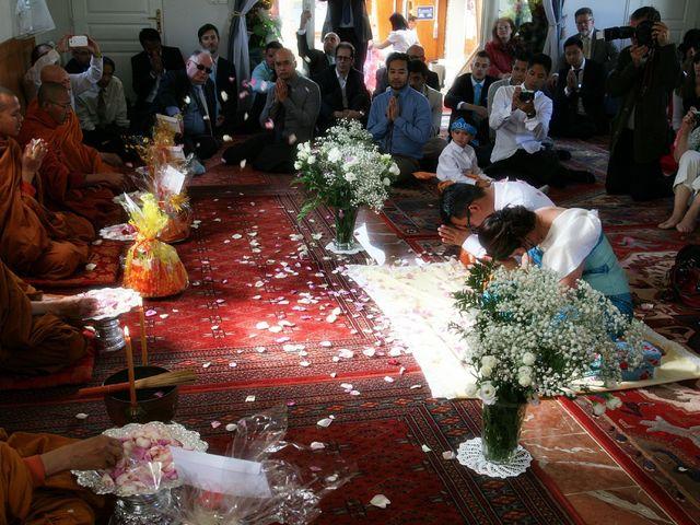 Le mariage de Sopheak et Myriam à Neuilly-Plaisance, Seine-Saint-Denis 27