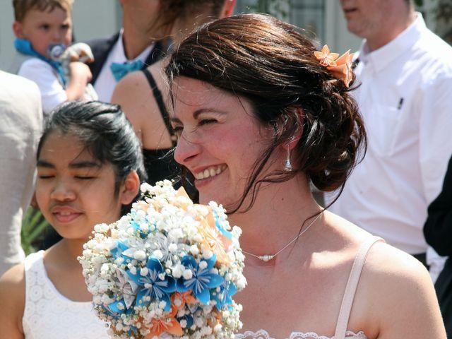 Le mariage de Sopheak et Myriam à Neuilly-Plaisance, Seine-Saint-Denis 40