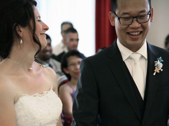 Le mariage de Sopheak et Myriam à Neuilly-Plaisance, Seine-Saint-Denis 43