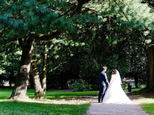 Le mariage de Lancelot et Amélie à Roncq, Nord 13