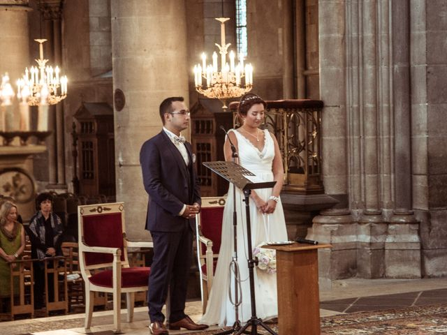 Le mariage de Jonathan et Adriane à Moulins, Allier 30