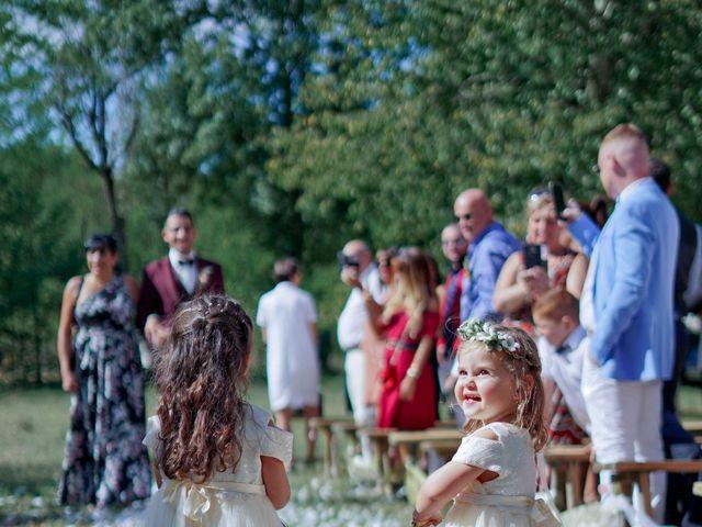 Le mariage de José et Camille à Gagnières, Gard 15