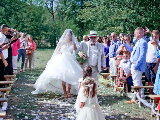 Le mariage de José et Camille à Gagnières, Gard 17